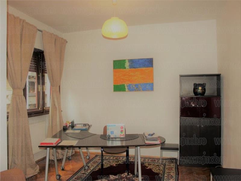 Apartament 3 camere partial mobilat,etajul 1, zona B-dul Dacia