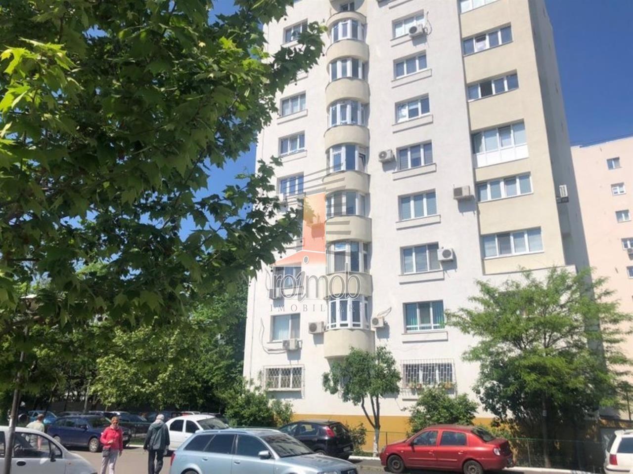 Apartament 3 camere decomandat Costin Georgian- metrou 76mp an 1994