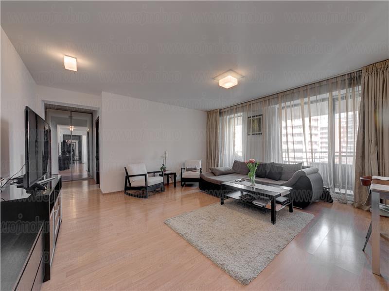 Apartament 3 camere, vedere curtea interioara, Central Park