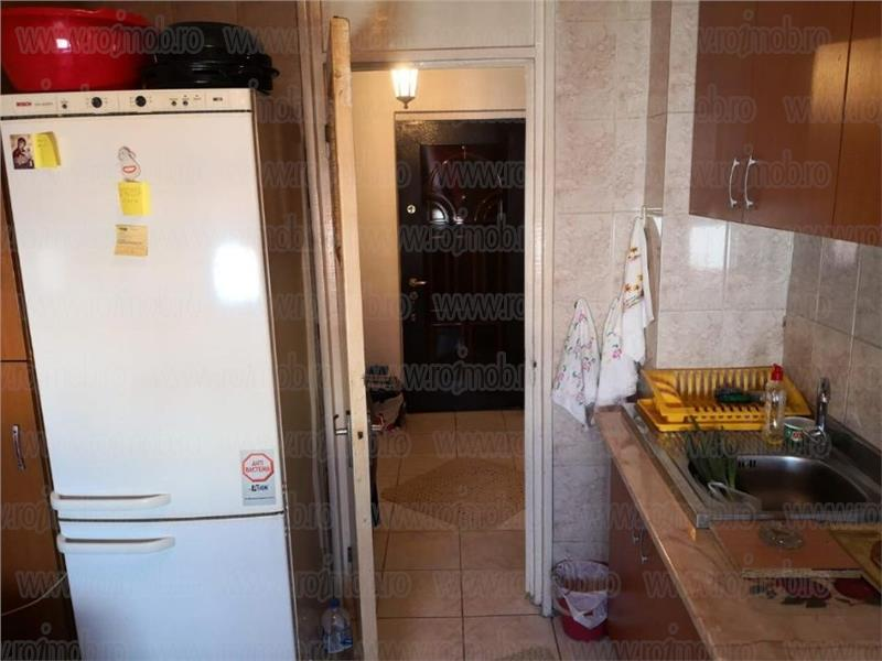 Apartament 2 camere ,bloc reabilitat termic, zona Mosilor
