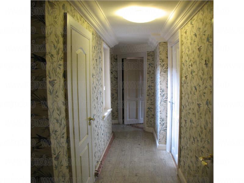 Dorobanti-Capitale, 3 camere in vila cu arhitectura , deosebit .