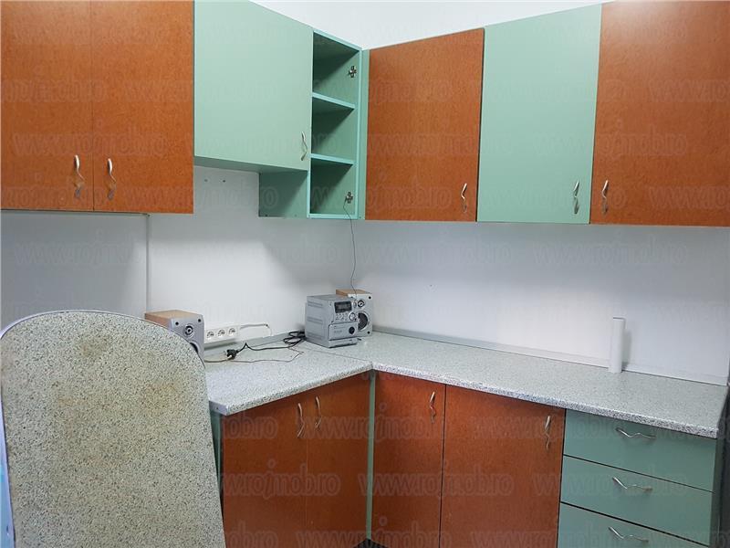 Mosilor, 4 camere in vila, P/P+2, intrare separata, curte.