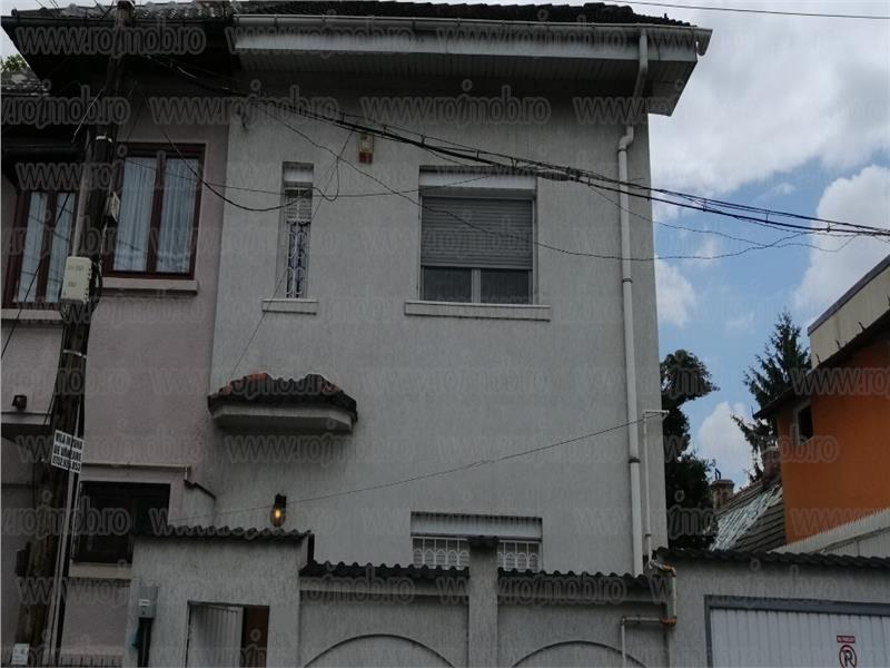 Alba Iulia Decebal, vila S+P+1+M, consolidata si extinsa
