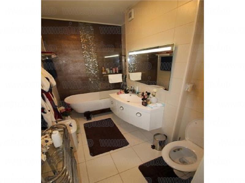 Apartament 2 Camere Titan - Rasarit de Soare, Bloc 2009