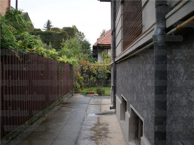 Vila zona Ferdinand 125 mp, 6 camere, curte libera 190 mp