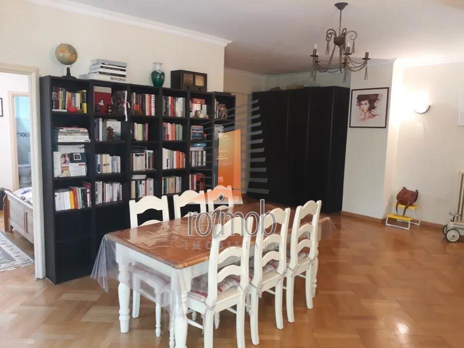 Inchiriere apartament 4 camere, Dacia - Piata Spaniei