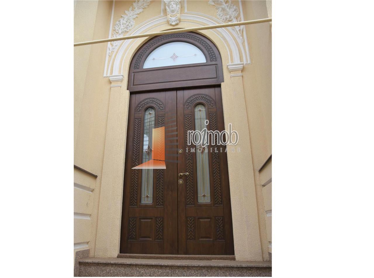 Vila eleganta cu 5 camere, D+P, Stefan cel Mare