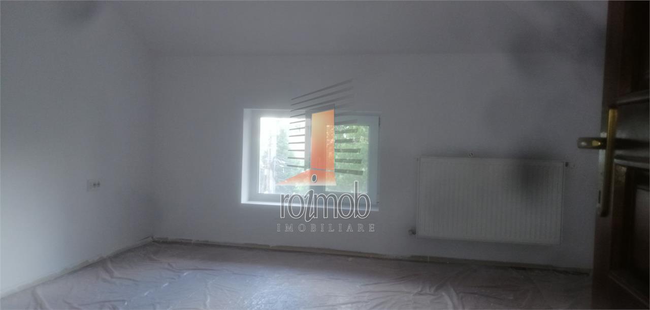 Vatra Luminoasa, D+P+2, vila 200 mp utili, curte, constructie 2010
