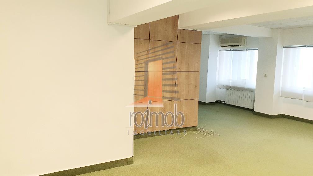 Vila S+P+5E, 970 mp, birouri, Domenii - Popisteanu