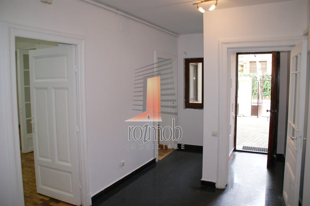 Unirii vila burgheza P+1, 150mp, 5 camere spatioase