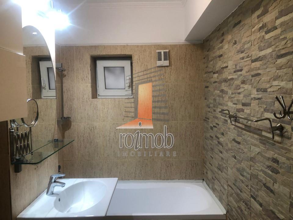 Apartament 4 camere, etajul 1,garaj suprateran, zona B-dul Dacia