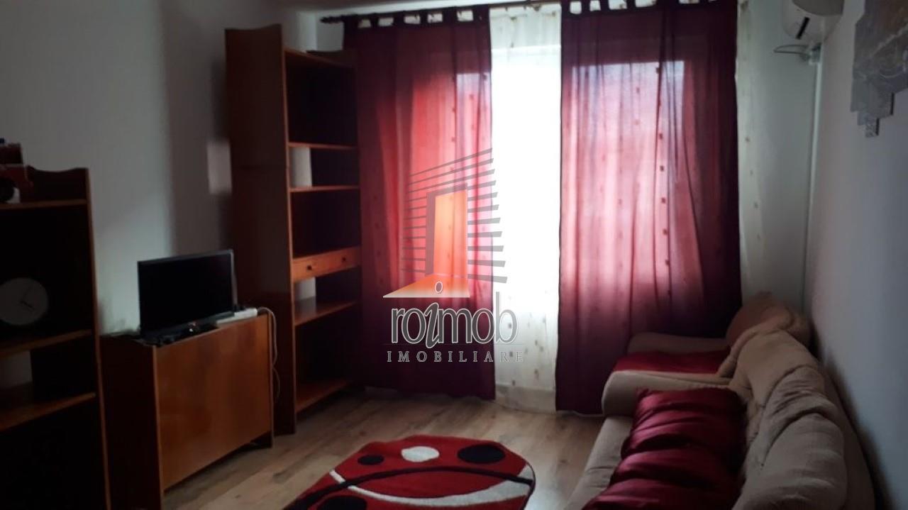 Apartament 3 camere renovat,mobilat, zona Stefan cel Mare-Metrou
