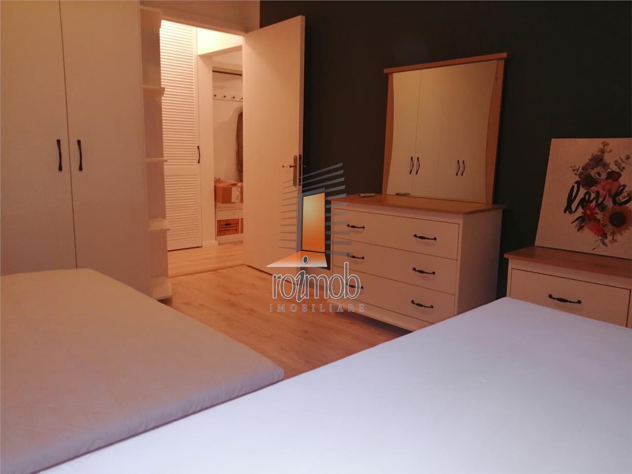 Apartament cu 2 camere, prima inchiriere, Unirii
