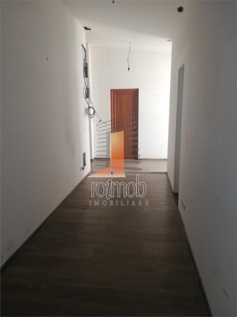 Calea Calarasilor, spatiu 135 mp, parter, cursuri, studio, atelier