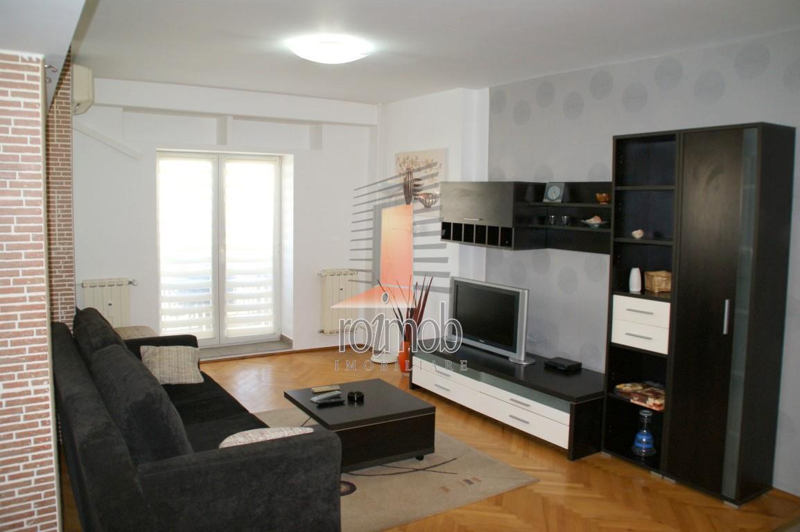 Inchiriere apartament cu 2 camere, 3 balcoane, Decebal