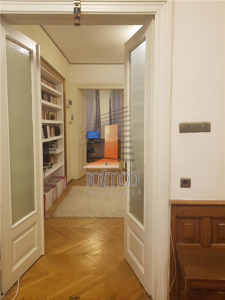 Pache, apartament 4 camere, Hp/Hp+1+M, deosebit, garaj, curte, boxa.