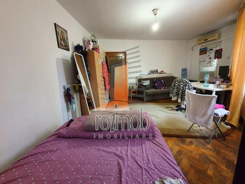 Vanzare apartament 3 camere, Titulescu