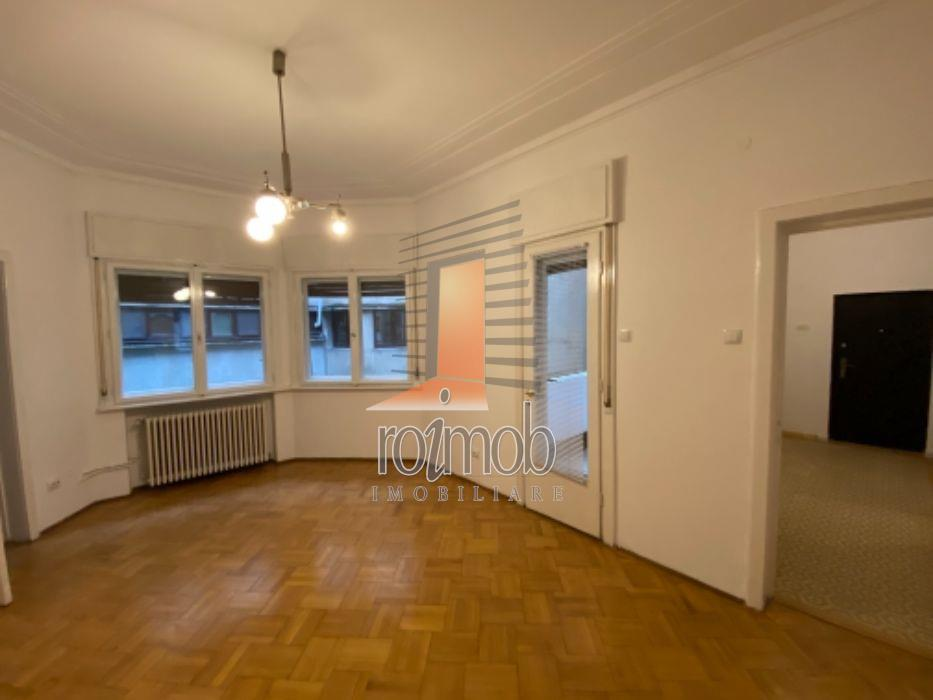 Apartament 4 camere etajul 1/4, Calea Victoriei