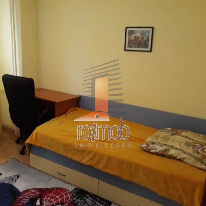 Apartament 3 camere mobilat si utilat,bloc reabilitat,Stefan cel Mare