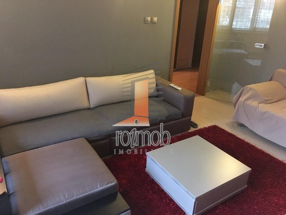 Vanzare apartament 3 camere, Mall Vitan
