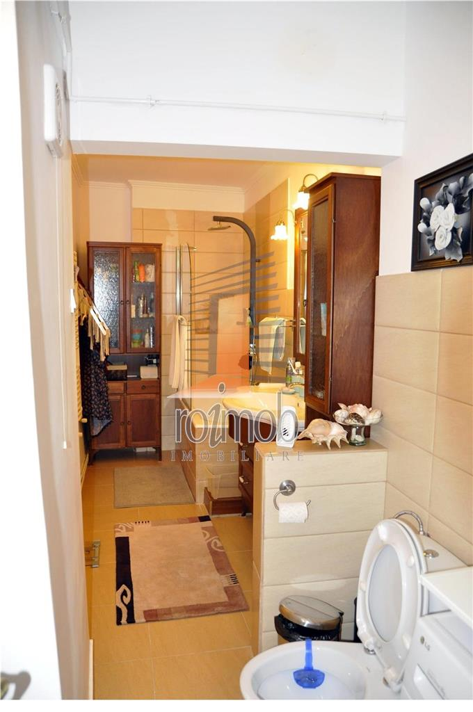 Apartament 3 camere renovat,partial mobilat,Kogalniceanu