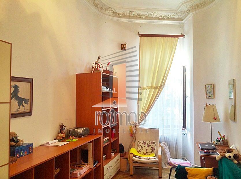 Apartament 5 camere in vila, parter/D+P+1, zona Victoriei