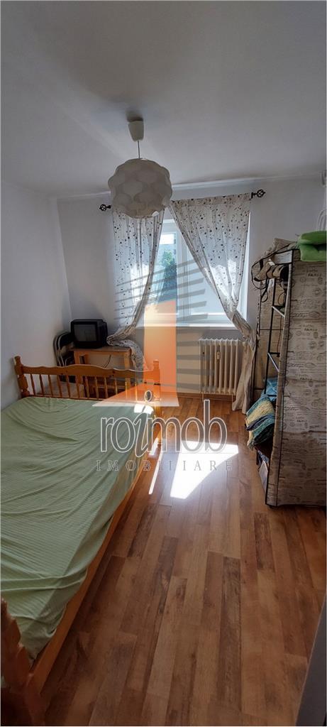 Salajan, Stelian Mihale, 4 camere, etaj 5 din 10, bloc reabilitat