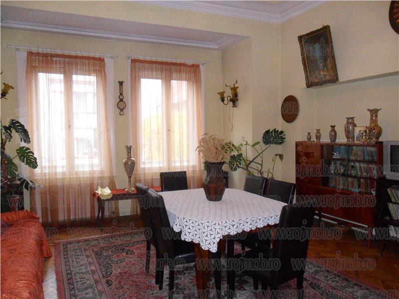 Vanzare Apartament 5 camere Bucuresti zona Lahovari