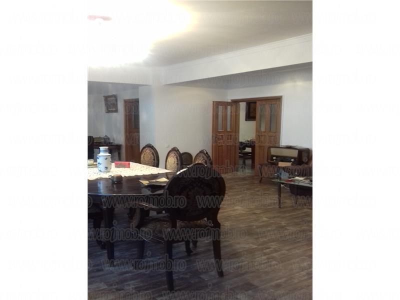 Vanzare Apartament 5 camere Bucuresti zona Polona