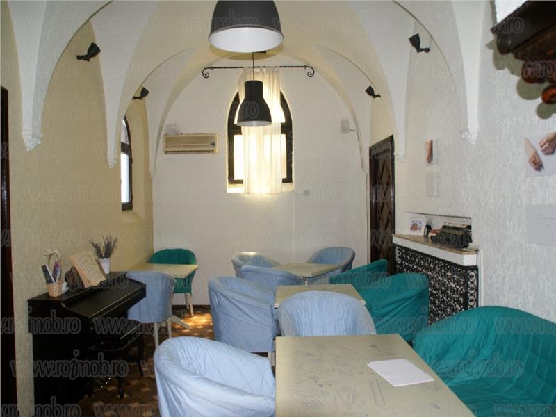 Armeneasca, vila stil florentin, renovata, 400mp, gradina