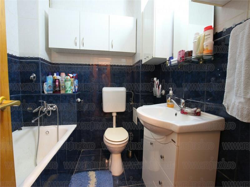 Vanzare apartament 3 camere, Bulevardul Unirii - Fantani