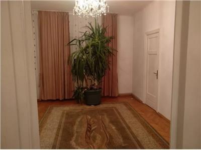 Popa Nan, 4 camere, apartament deosebit, luminos,  et 1/P+2
