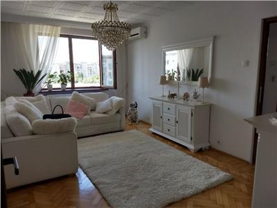 Apartament 4 Camere Dristor - Metrou, Decomandat