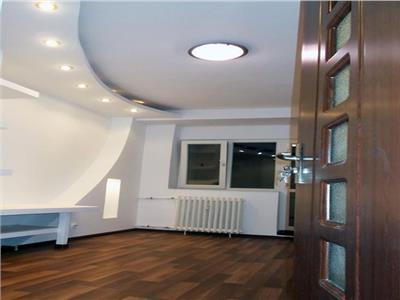 Apartament 3 Camere Decebal - Piata Muncii, Decomandat, Bloc 1990