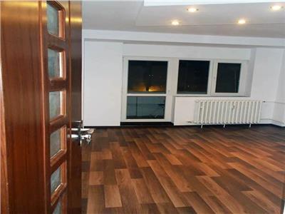 Apartament 3 Camere,  Decebal - Piata Muncii