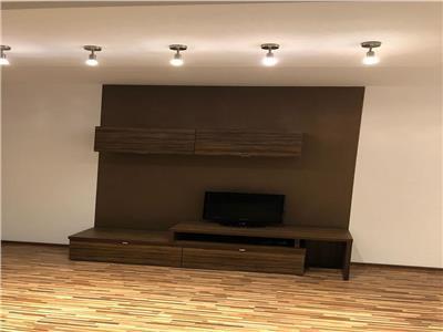 Vanzare apartament 3 camere, Bulevardul Unirii - F64