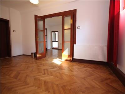 Apartament in vila, 2 camere, singur pe nivel, Dorobanti - Londra
