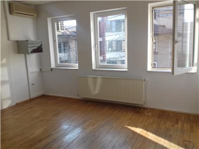 Duplex in vila, birouri, 5 camere, 140 mp, Aviatorilor, metrou