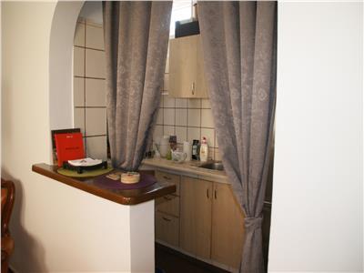Duplex 6 camere, renovat, imobil solid