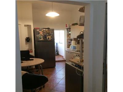 Apartament 3 camere etajul 3/S+P+3+M, zona Foisorul de Foc