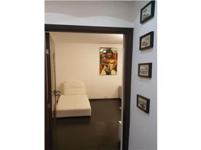 Apartament 2 camere decomandat, bloc reabilitat, zona Polona