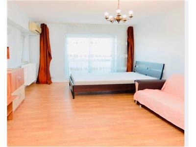 Inchiriere apartament 2 camere, 3 balcoane, Piata Unirii