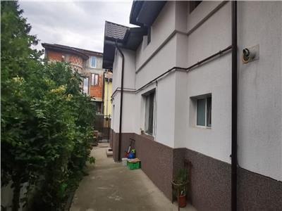 Vanzare vila 5 camere, 172 mp, curte, Stefan cel Mare