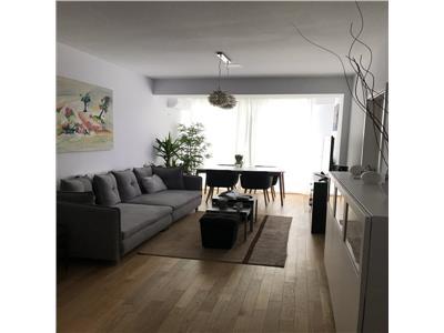 Apartament 3 camere, imobil nou, Stefan cel Mare, parcare