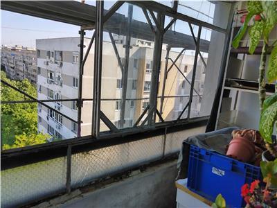 Vanzare apartament 3 camere, Drumul Taberei - Favorit