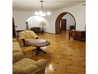 Dorobanti, apartament splendid, 4 camere, terasa, 2 bai, 170 mp.