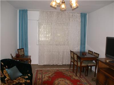 Calea Vacaresti, apartament decomandat de 3 camere