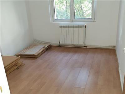Vanzare apartament 3 camere, Baneasa - Ficusului