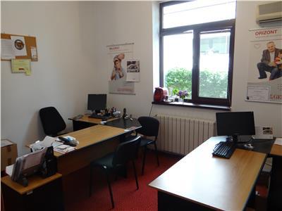 Spațiu birouri �n vila, parter, 5 camere, garaj, Barbu Vacarescu