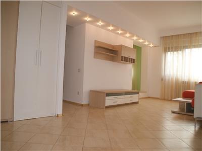 Baneasa ,ap. 2 camere, cochet , luminos, et. 2, mobilat,  lift, paza.